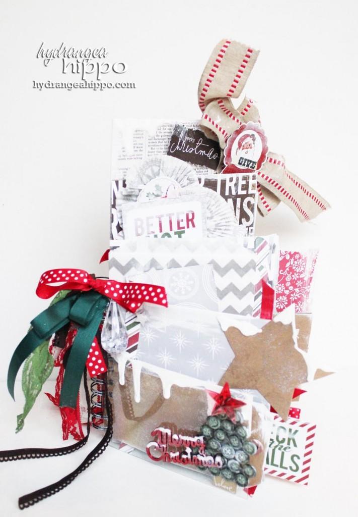A Very Merry Christmas Mini Book with Jennifer Priest Echo Park 001