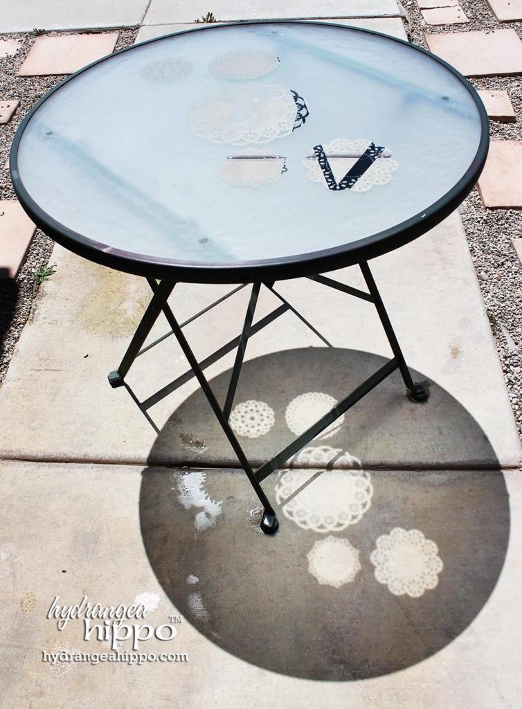 Doily-table-etched-glass-etchall-hydrangea-hippo-jennifer-priest2