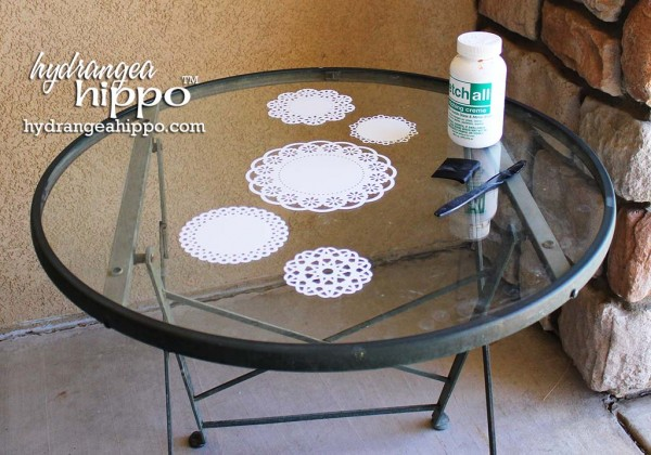 Doily-table-etched-glass-etchall-hydrangea-hippo-jennifer-priest9