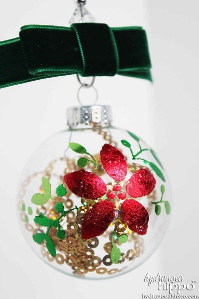 Design-Adhesives-Scented-Poinsettia-Ornament-Jennifer-Priest-Clearsnap-Christmas2