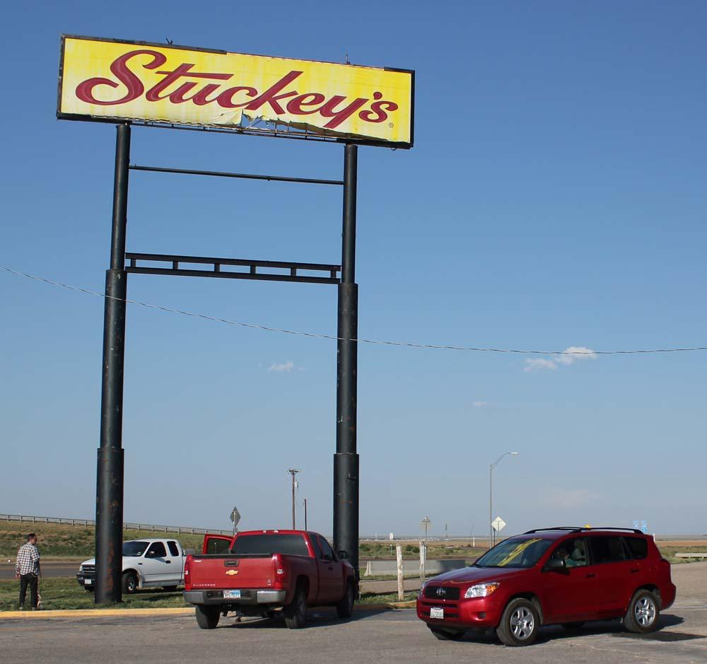 5-30-12 Stuckeys in Texas