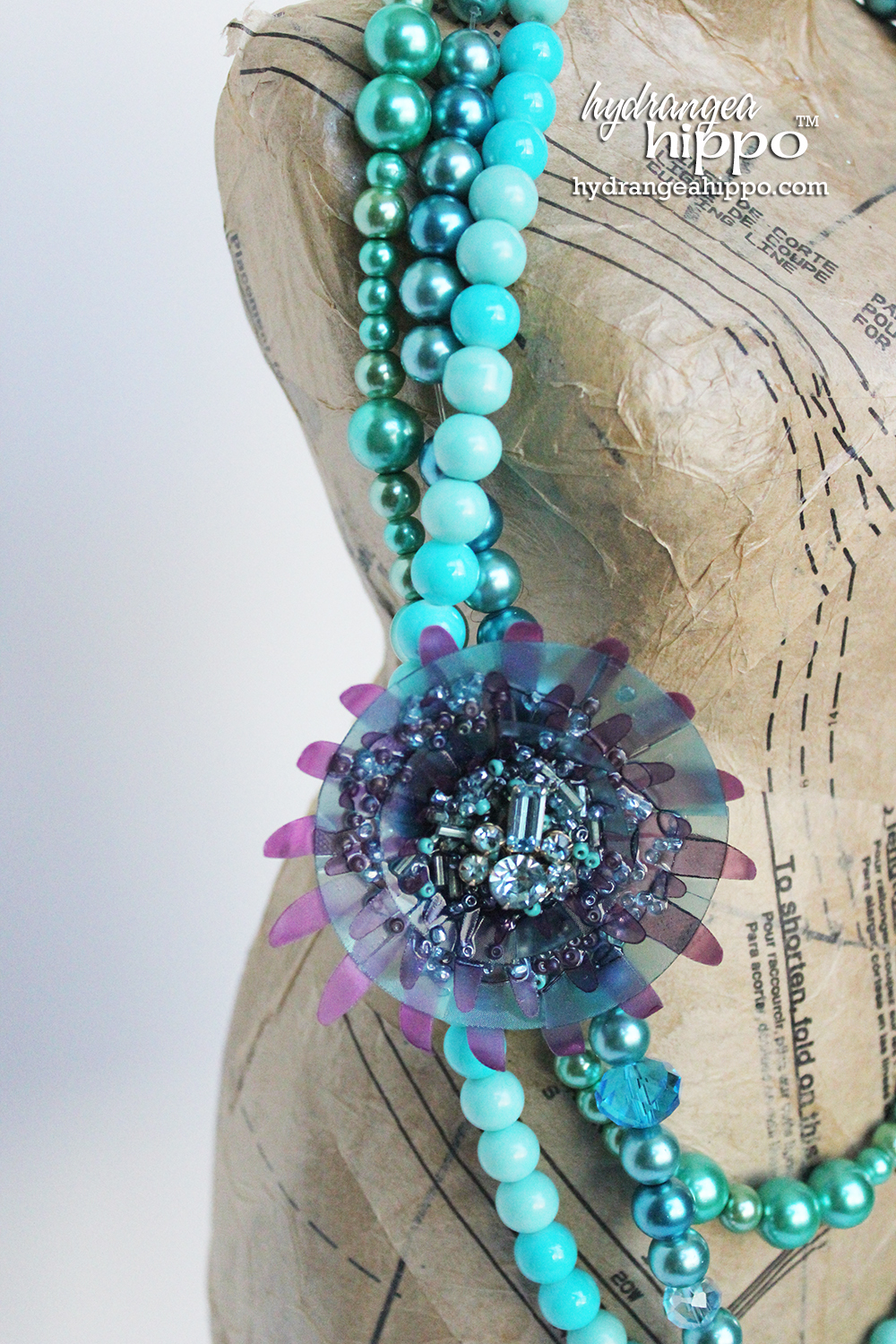 Gretchen-Rossi-Inspired-Necklace-By-Jennifer-Priest-For-Connie-Crystal9
