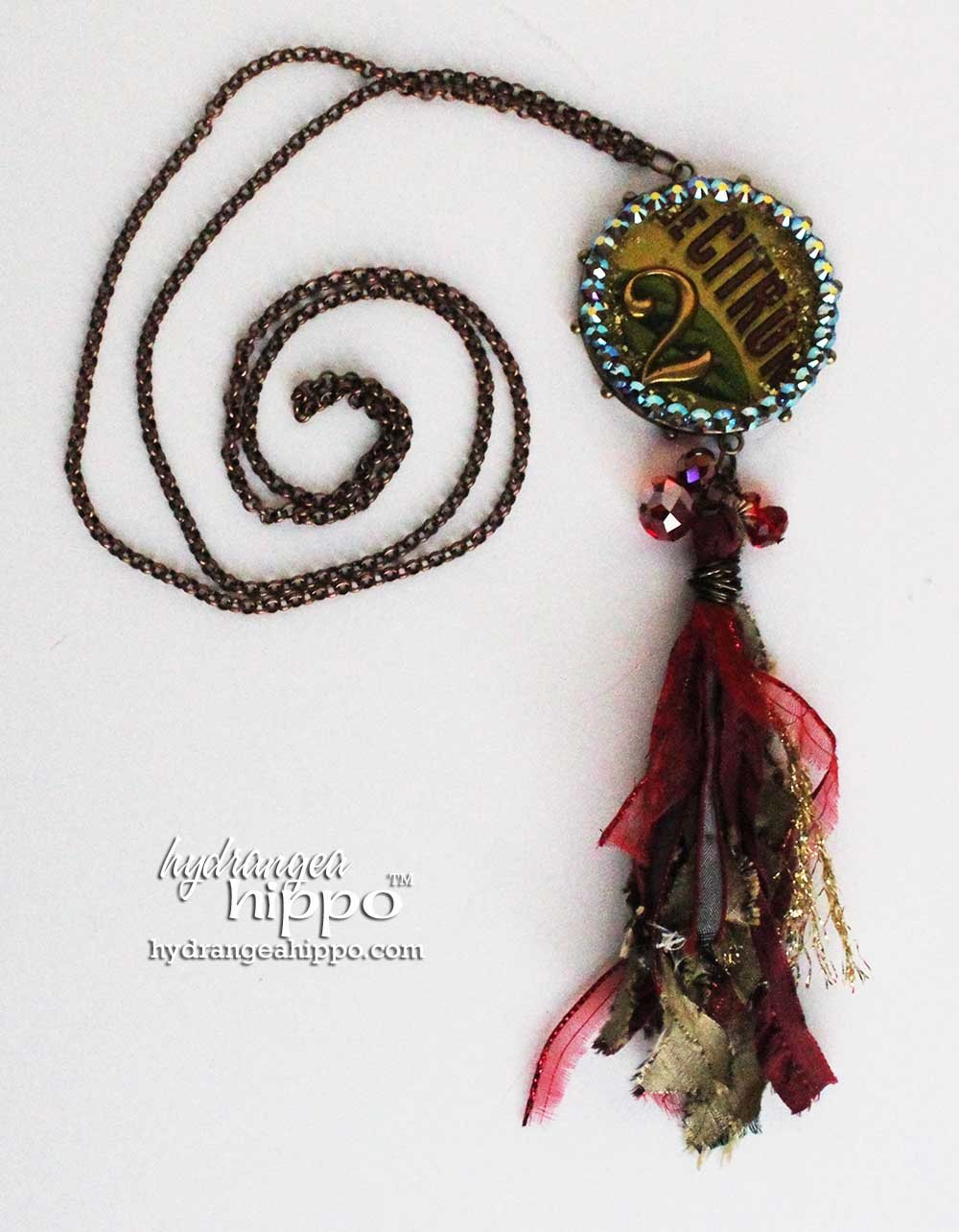 Citron-Necklace-Resin-and-Crystal-by-Jennifer-Priest-WM-4
