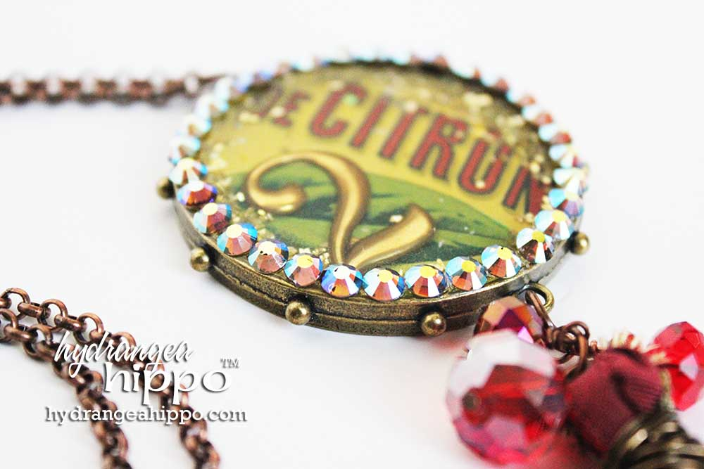 Citron-Necklace-Resin-and-Crystal-by-Jennifer-Priest-WM-5
