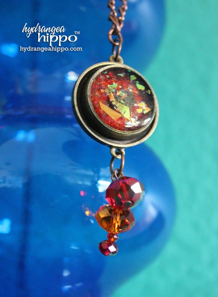 Simple-Hexagon-in-Circle-Bezel-With-Connie-Crystal-Beads-ICE-Resin-by-Jennifer-Priest