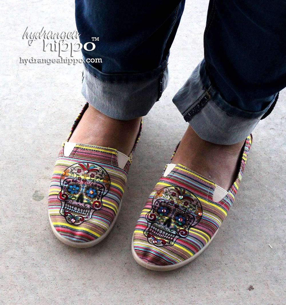Sugar-Skulls-Shoes-For-Dia-De-Los-Muertos-Craft-Attitude-Jennifer-Priest2
