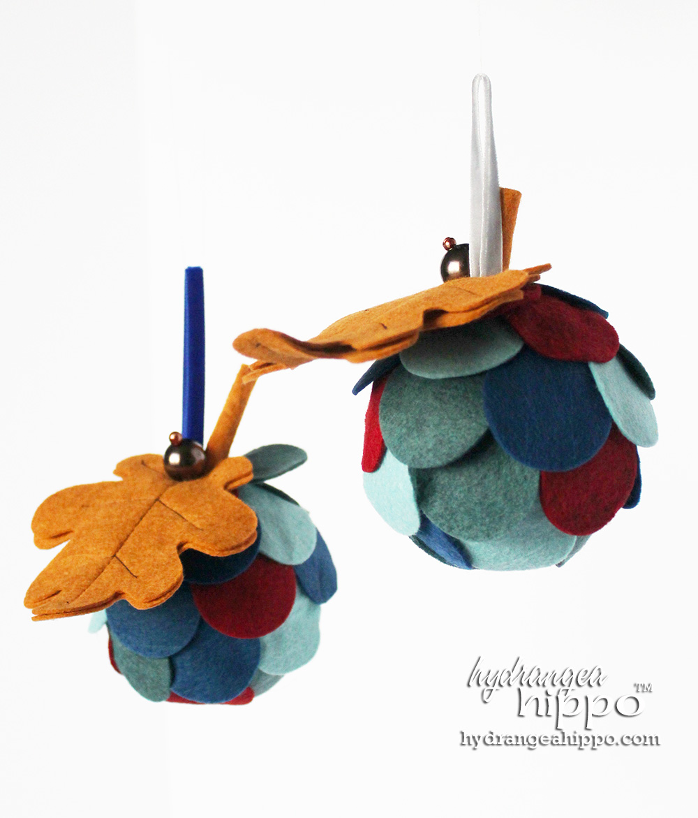 Acorn-Style-Ornaments-Christmas