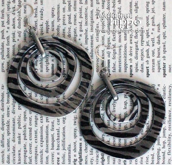 Beaded-Bracelet-Necklace-Earrings-Set-Prima-Bead-Cousin-Jennifer-Priest-Hydrangea-Hippo8