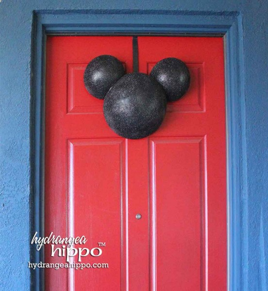 Mickey-Head-Door-Decor-Jennifer-Priest-Smoothfoam-WM 2