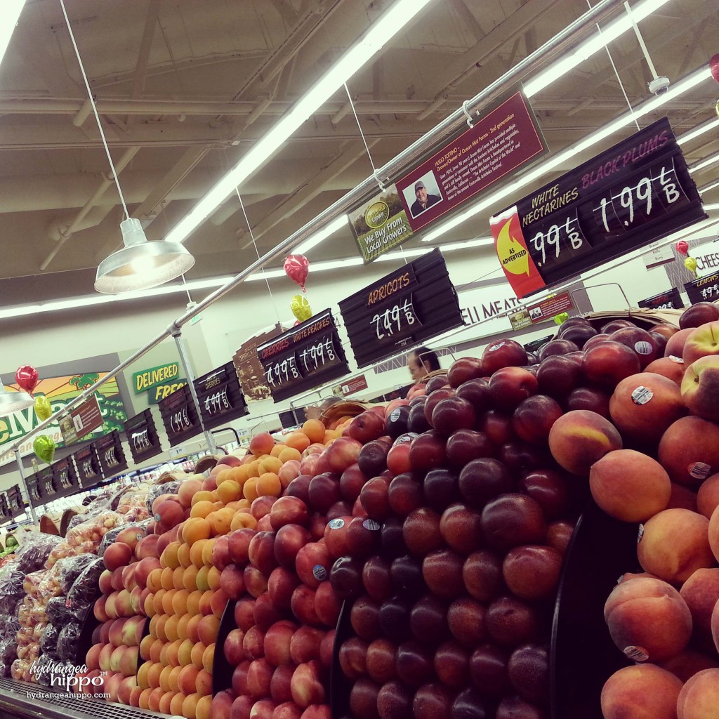Smart and Final La Puente CA Grand Opening - Fresh Fruit Produce Section - Hydrangea Hippo