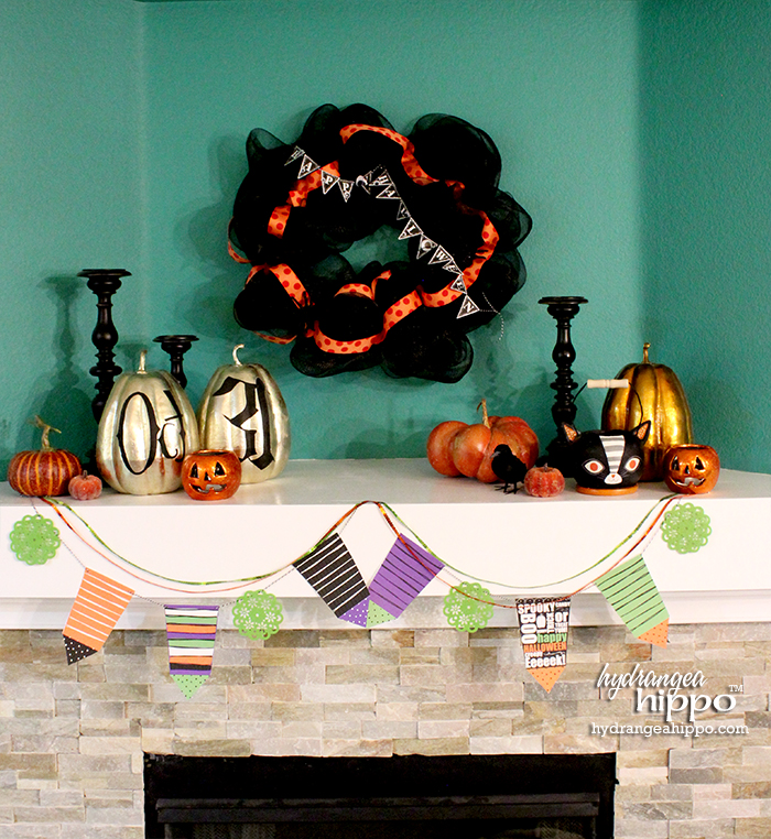 Halloween Mantel Decor Using Printables by Jennifer Priest of HydrangeaHippo