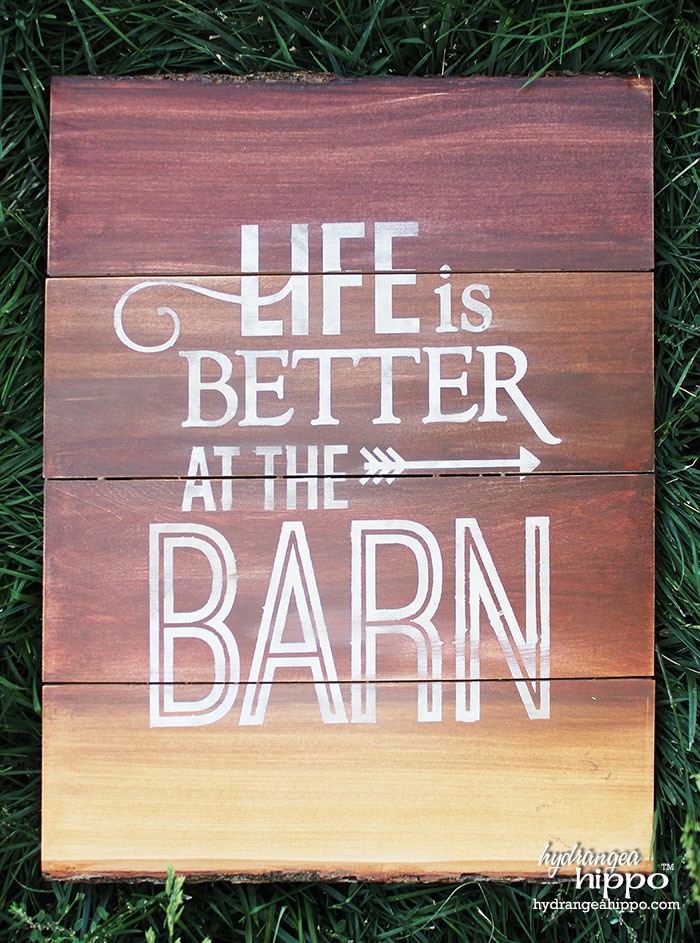 Life is better at the barn - minwax - crafty hangouts - jennifer priest 700