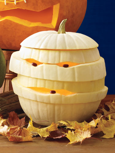 06-mummy-pumpkin-lgn-56000358