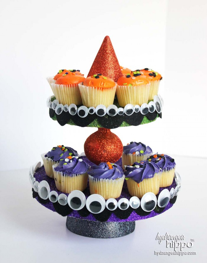 Smoothfoam Halloween CupCake Stand by Jennifer Priest of hydrangeahippo 3