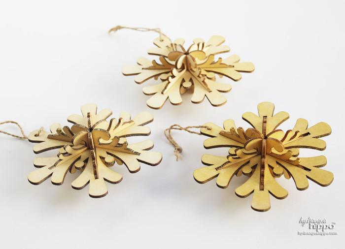 Sparkly Wood Ornaments with Smooch Spritz by Jennifer Priest for hydrangeahippo 3