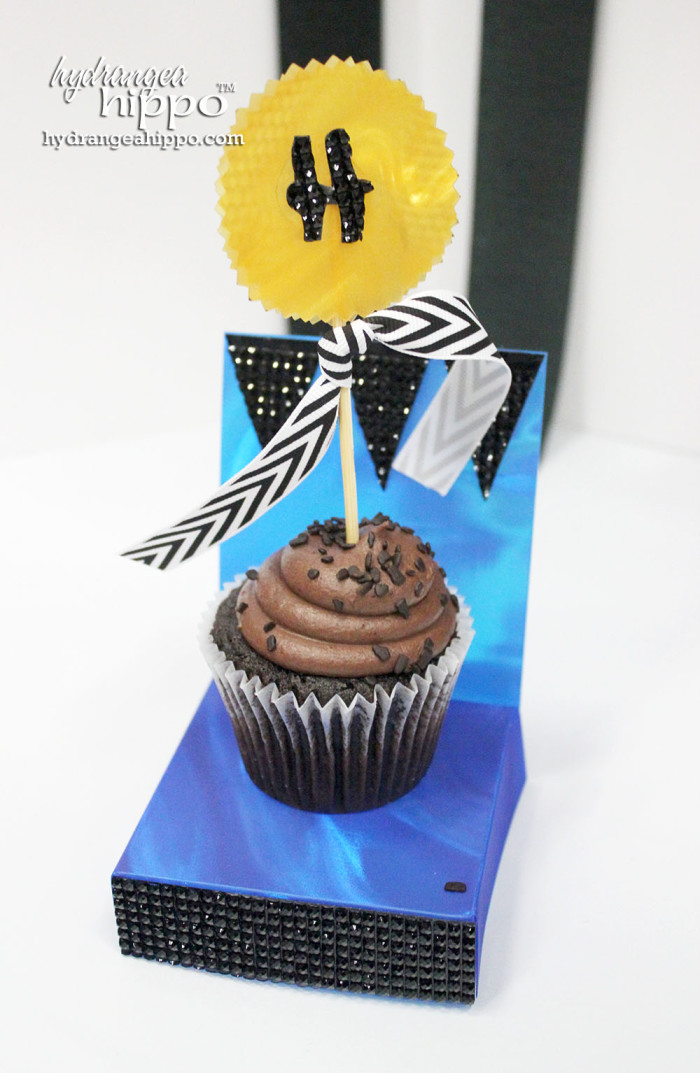 Cupcake Throne and Cupcake topper from the class Wendy Russell and I taught for Westcott Brand.