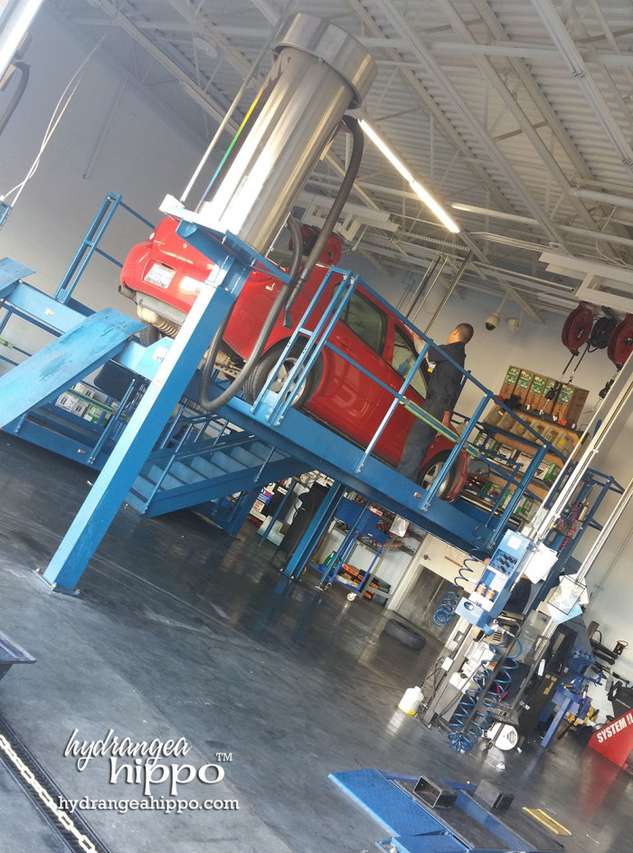 The staff is really nice. They take time to clean the windows and make sure your car is taken care of during the oil change.