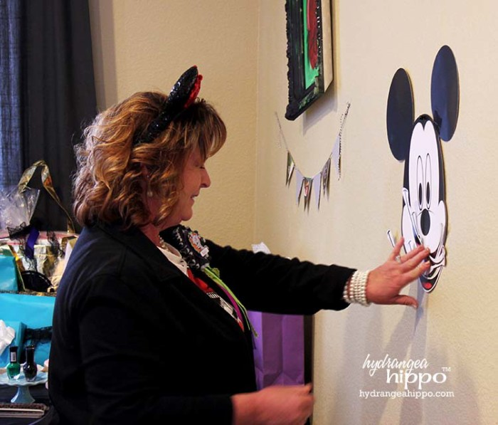 PARTY - DisneySide VIllains Tea Party JPriest - Mickey Game