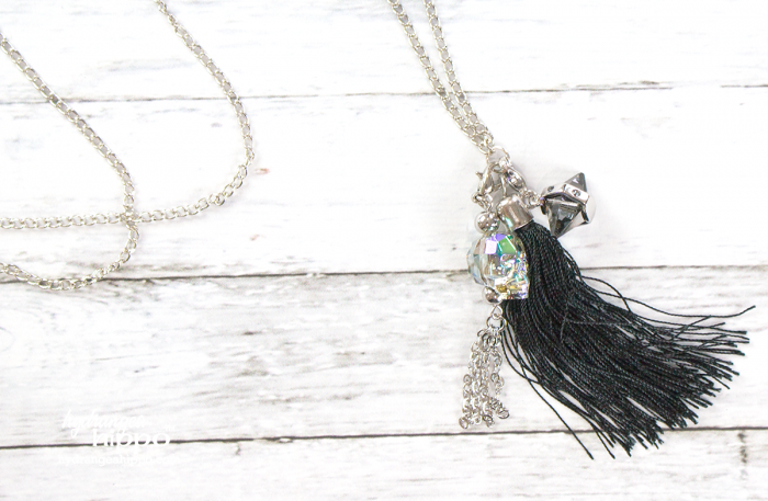 DIY-Skull-Necklace-Swarovski-crystals-at-Michaels-hydrangeahippo